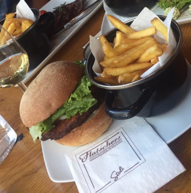 Veggie Burger Flatschers Vienna